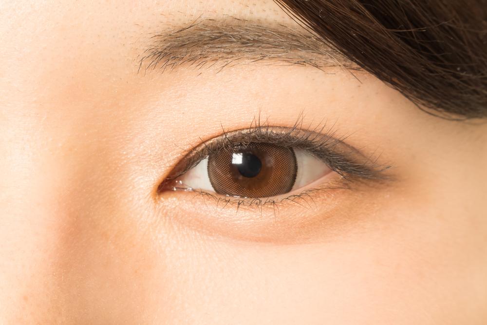 目頭切開の効果で目の横幅が広がる!